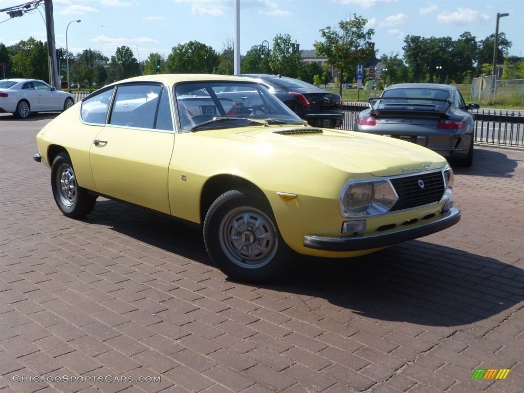 Yellow / Black Lancia Fulvia S