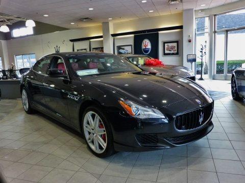 Nero Ribelle (Black Metallic) 2016 Maserati Quattroporte GTS