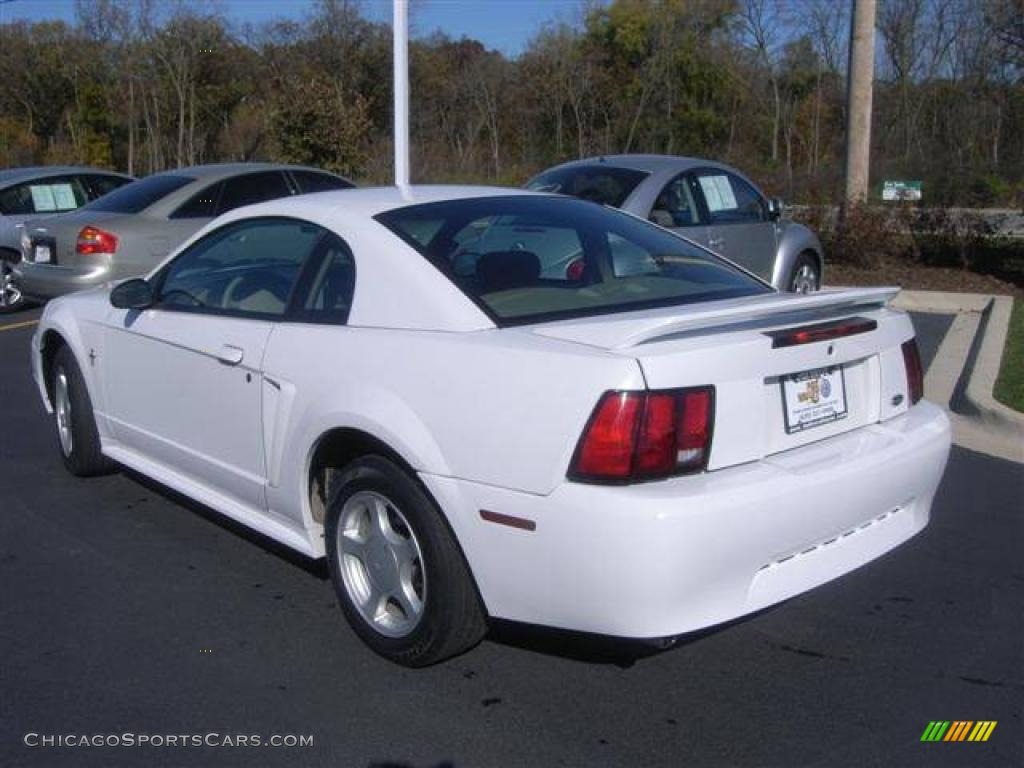 2002 Ford Mustang V6 Coupe In Oxford White Photo 3 183846 Chicagosportscars Com Cars For