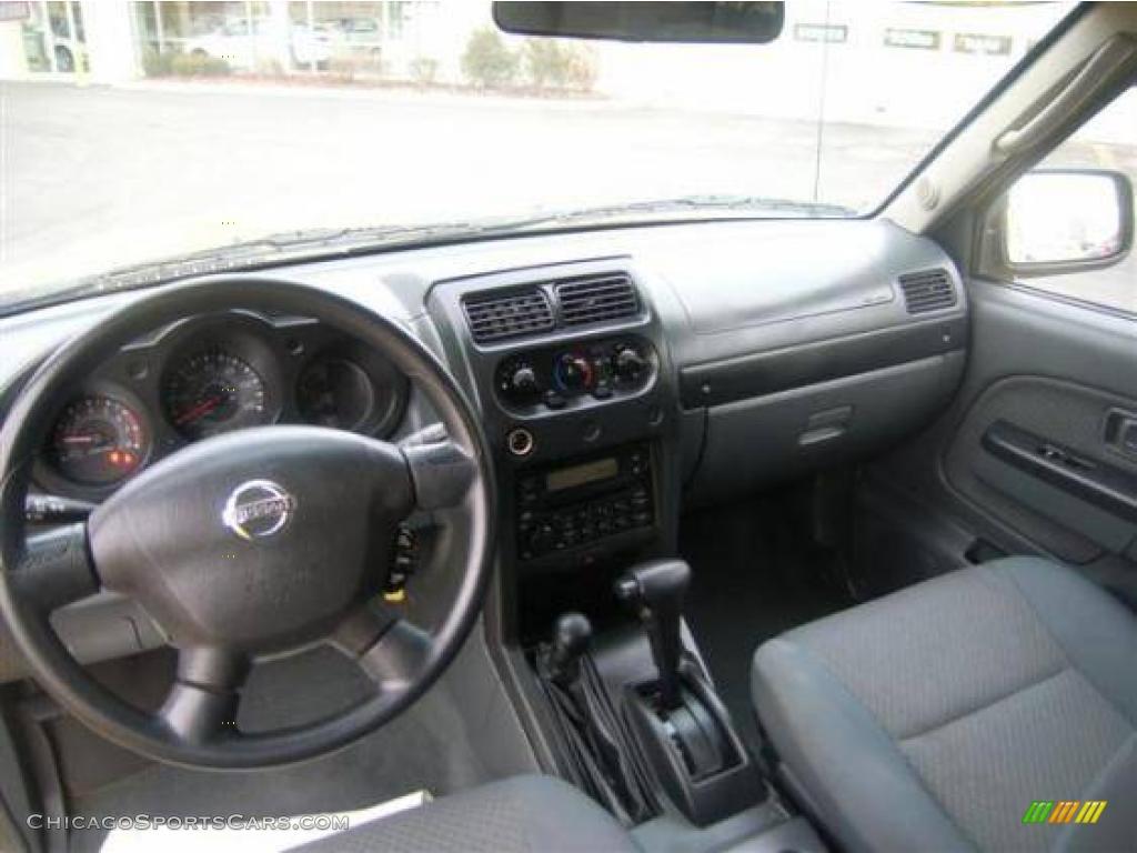 2002 Nissan Xterra XE V6 4x4 in Solar Yellow photo #10 - 501458