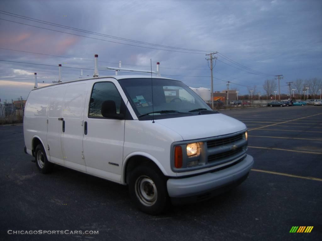 2001 Chevrolet Express 1500 Cargo Van In White Photo 5