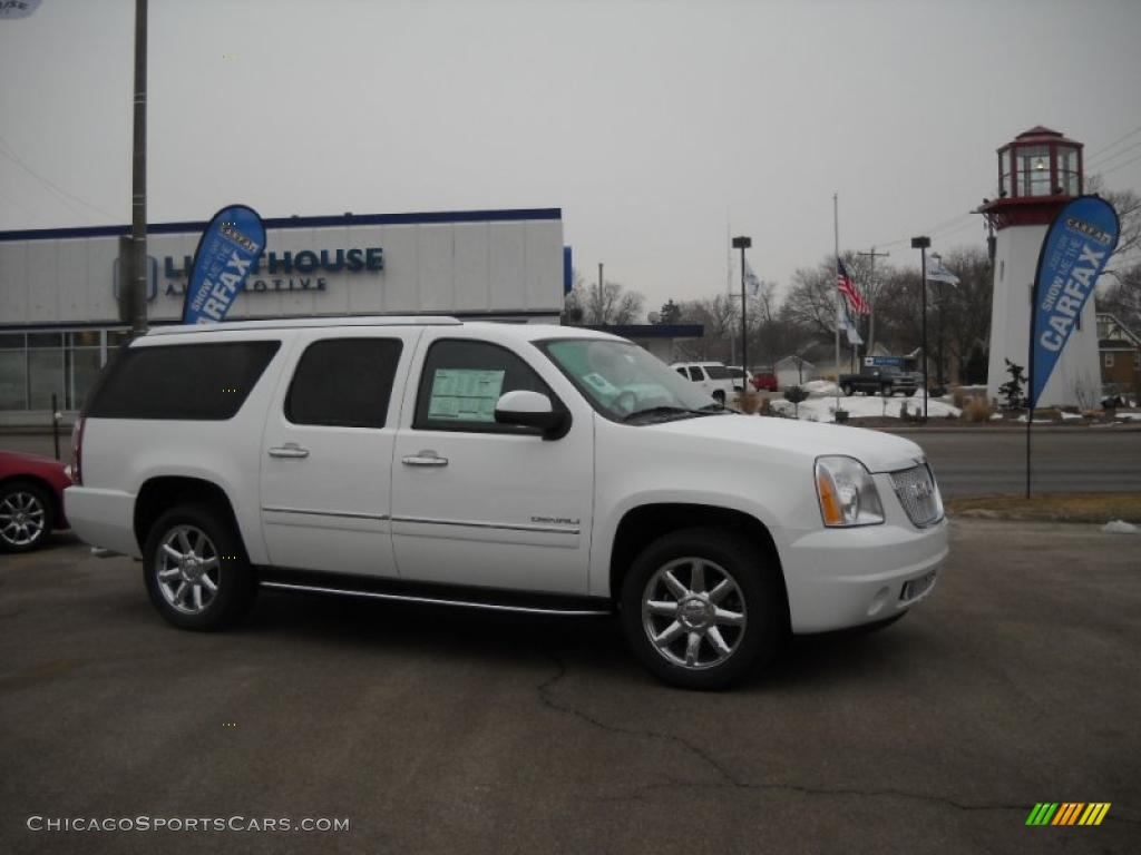 2010 gmc yukon xl denali awd in summit white 162735 cars for sale in. Black Bedroom Furniture Sets. Home Design Ideas
