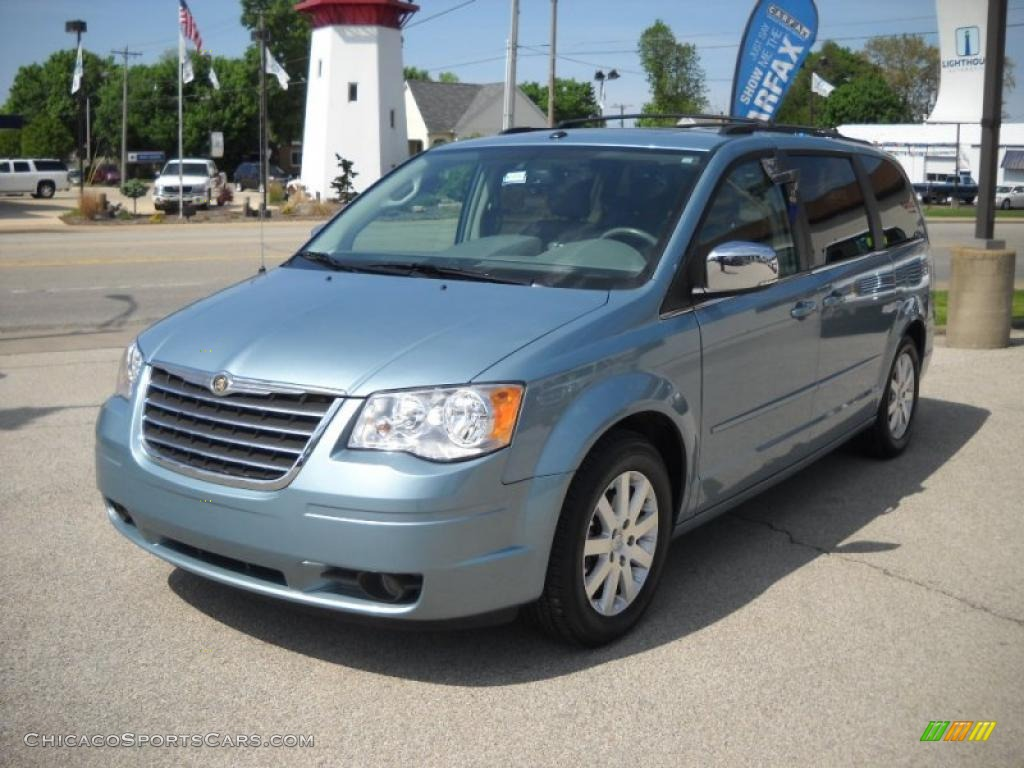 2008 chrysler town country touring in clearwater blue pearlcoat photo 3 133323. Black Bedroom Furniture Sets. Home Design Ideas