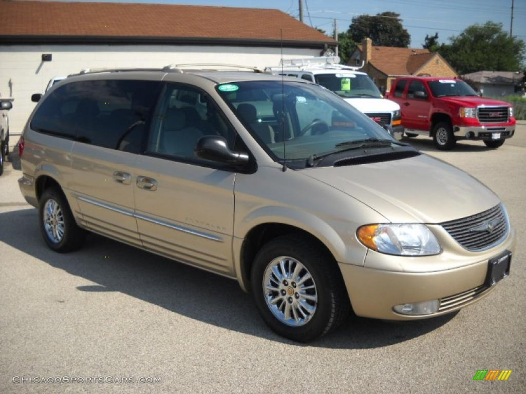 2001 chrysler town country limited in champagne pearl photo 6. Cars Review. Best American Auto & Cars Review