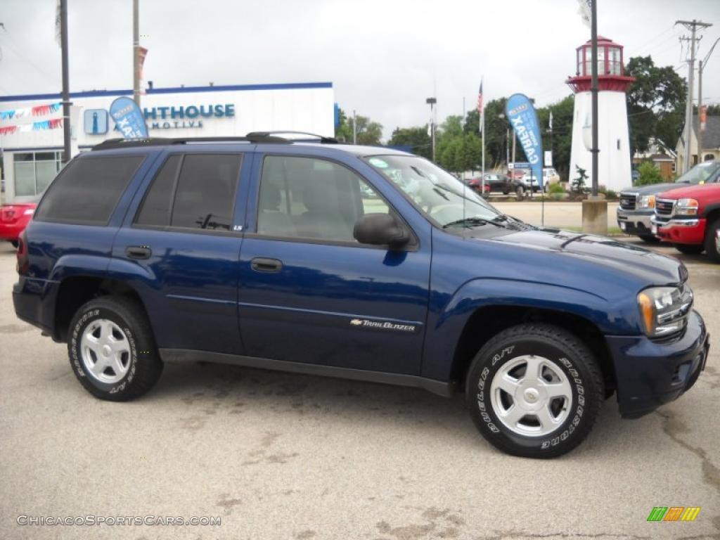 Blue 2002 Chevy Trailblazer LS