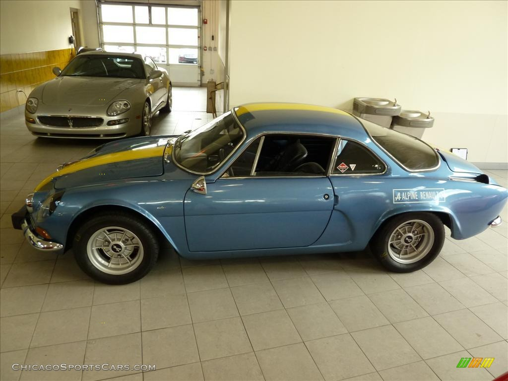 1969 renault alpine a110 berlinette 1300 coupe in light blue metallic photo 3 15597. Black Bedroom Furniture Sets. Home Design Ideas