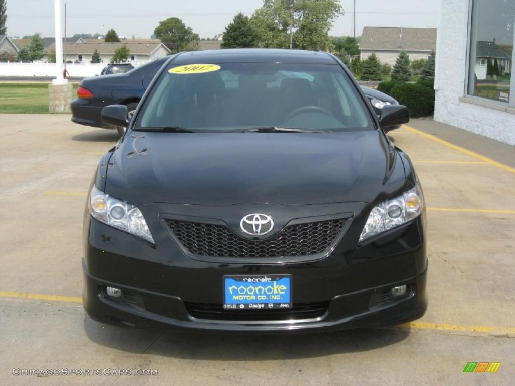 2007 toyota camry se in black photo 12 128392 cars for sale in illinois. Black Bedroom Furniture Sets. Home Design Ideas