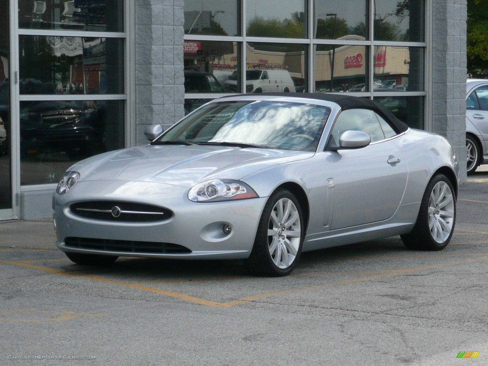 2007 jaguar xk xk8 convertible in liquid silver metallic. Black Bedroom Furniture Sets. Home Design Ideas