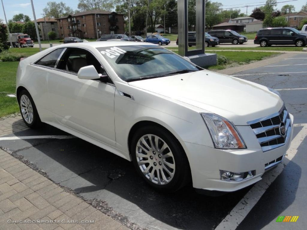 2011 cadillac cts coupe in white diamond tricoat photo 3 113171. Black Bedroom Furniture Sets. Home Design Ideas