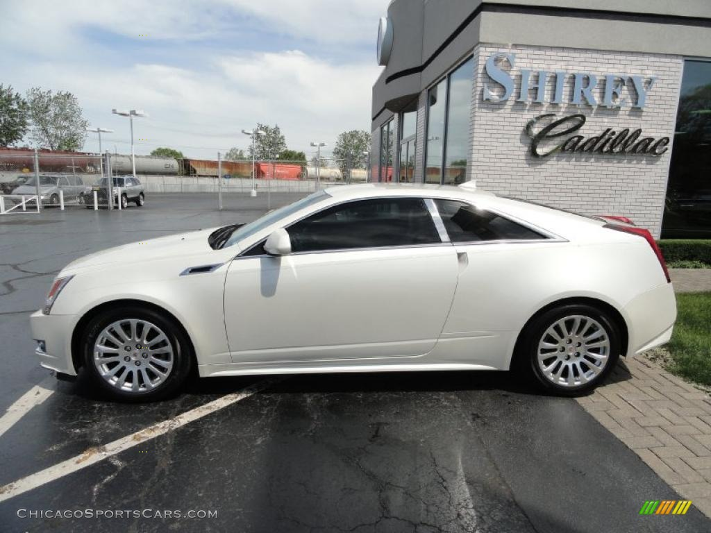 2011 cadillac cts coupe in white diamond tricoat photo 7 113171. Black Bedroom Furniture Sets. Home Design Ideas