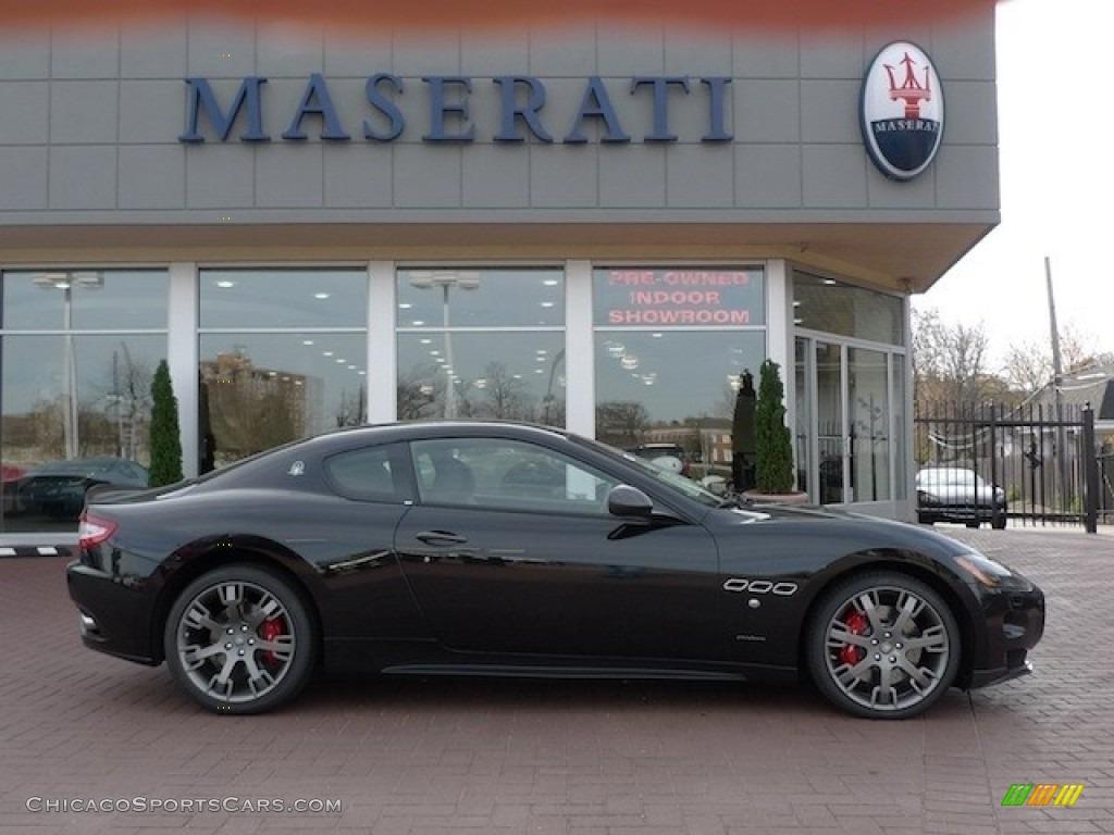 Nero (Black) / Nero Maserati GranTurismo S Automatic