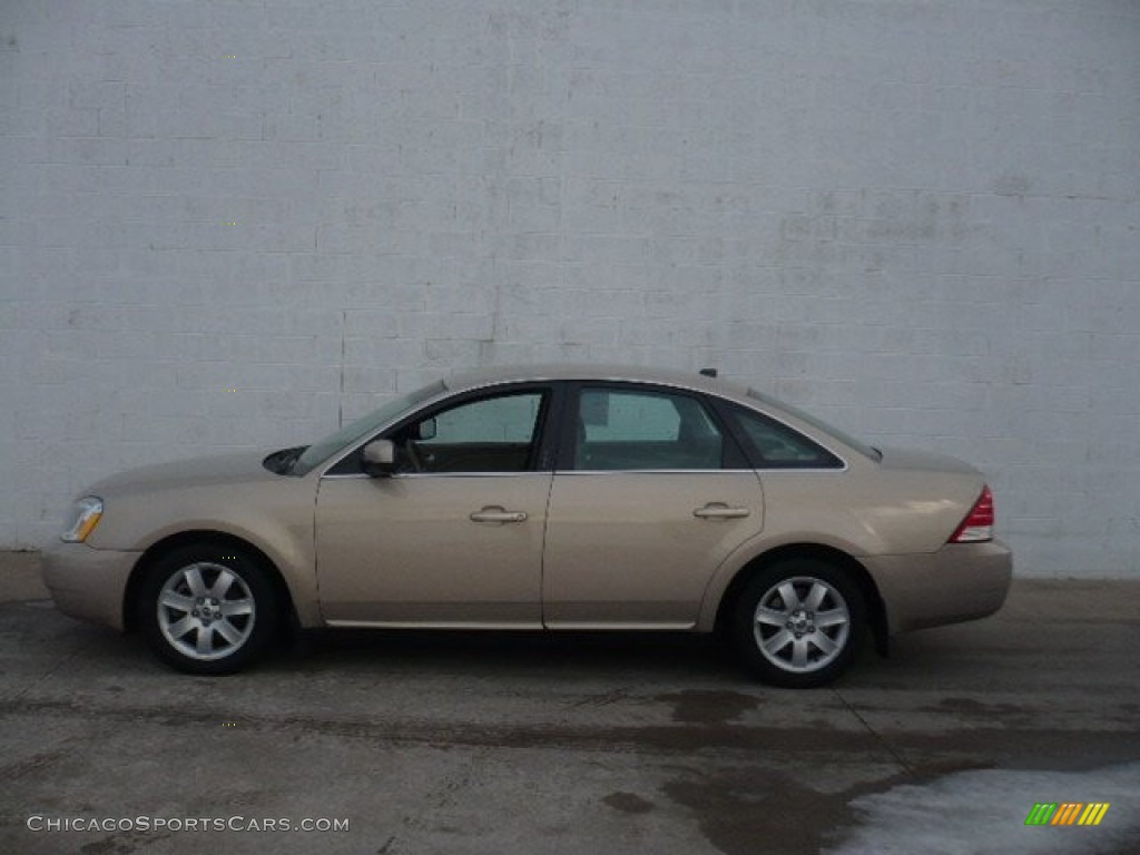 2007 Montego  - Dune Pearl Metallic / Pebble photo #1