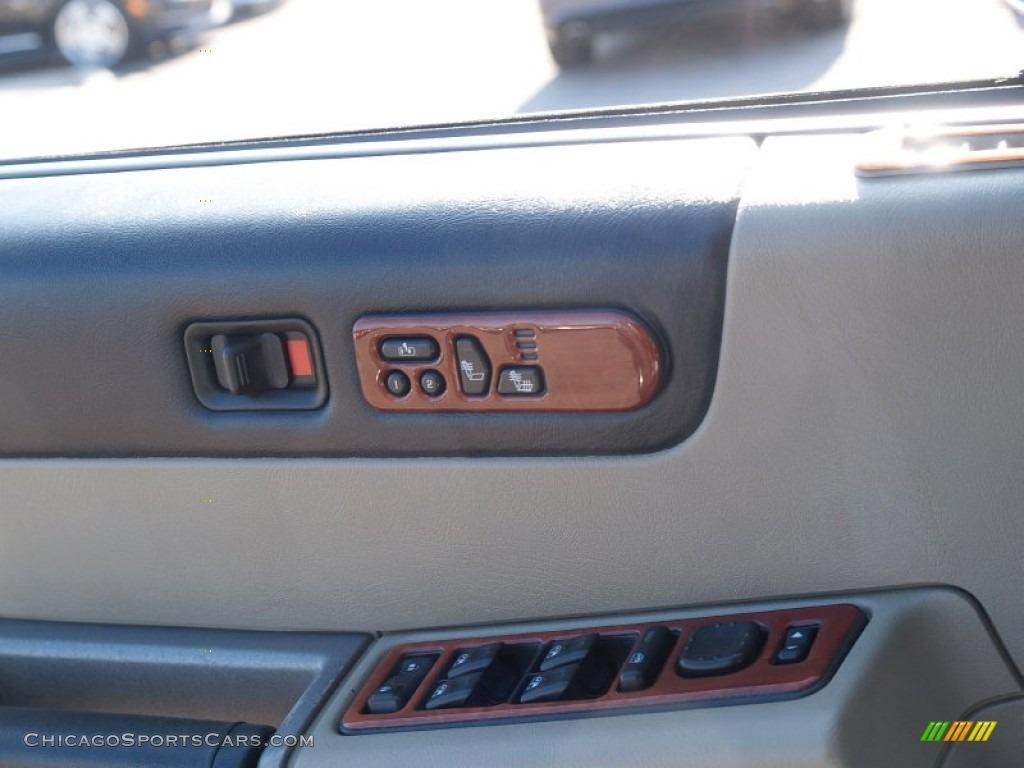 2003 H2 SUV - Pewter Metallic / Wheat photo #34