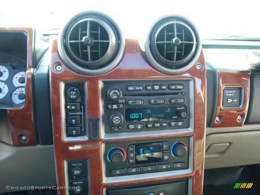 2003 H2 SUV - Pewter Metallic / Wheat photo #46