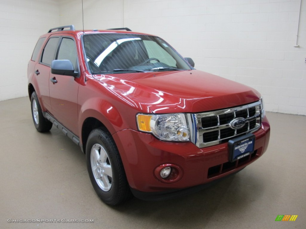 Sangria Red Metallic / Charcoal Black Ford Escape XLT