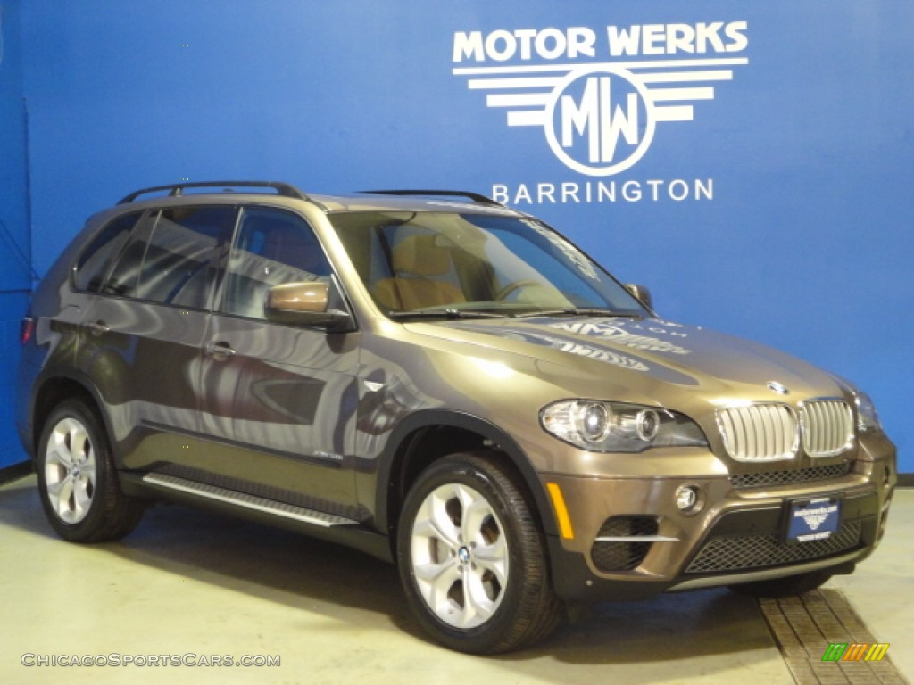 2011 X5 xDrive 50i - Sparkling Bronze Metallic / Cinnamon photo #1