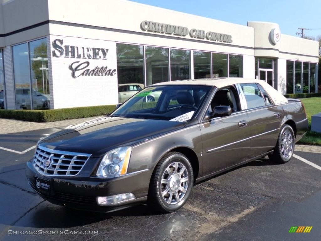 2009 cadillac dts in double espresso 103303. Black Bedroom Furniture Sets. Home Design Ideas
