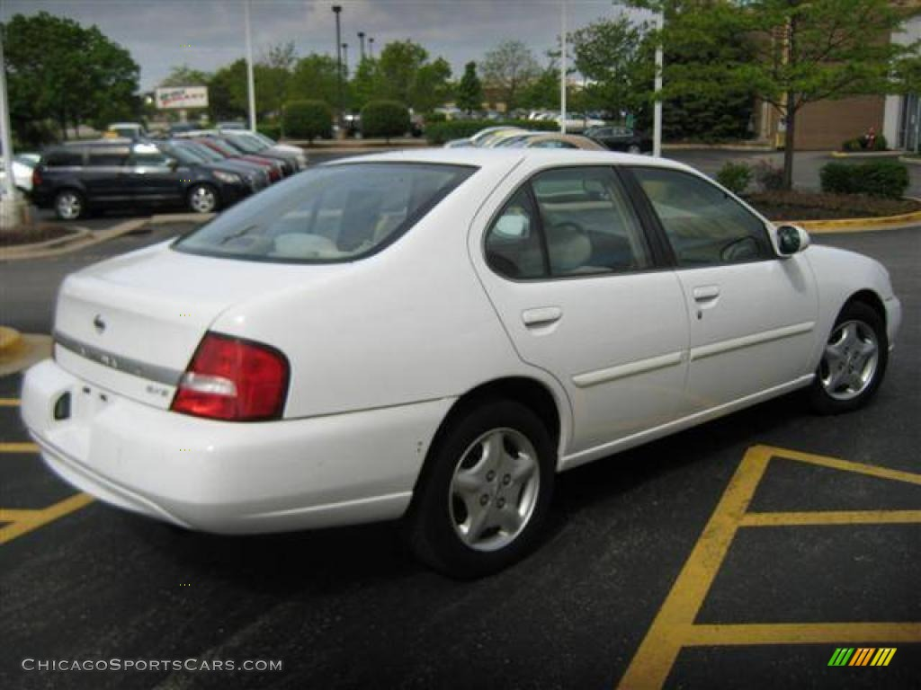 2000 Nissan Altima Gxe In Cloud White Photo 4 209900