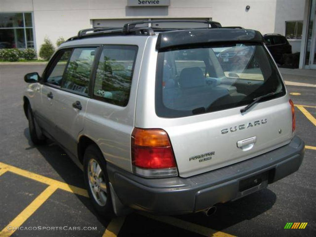 2000 subaru forester 2 5 l in silverthorn metallic photo. Black Bedroom Furniture Sets. Home Design Ideas